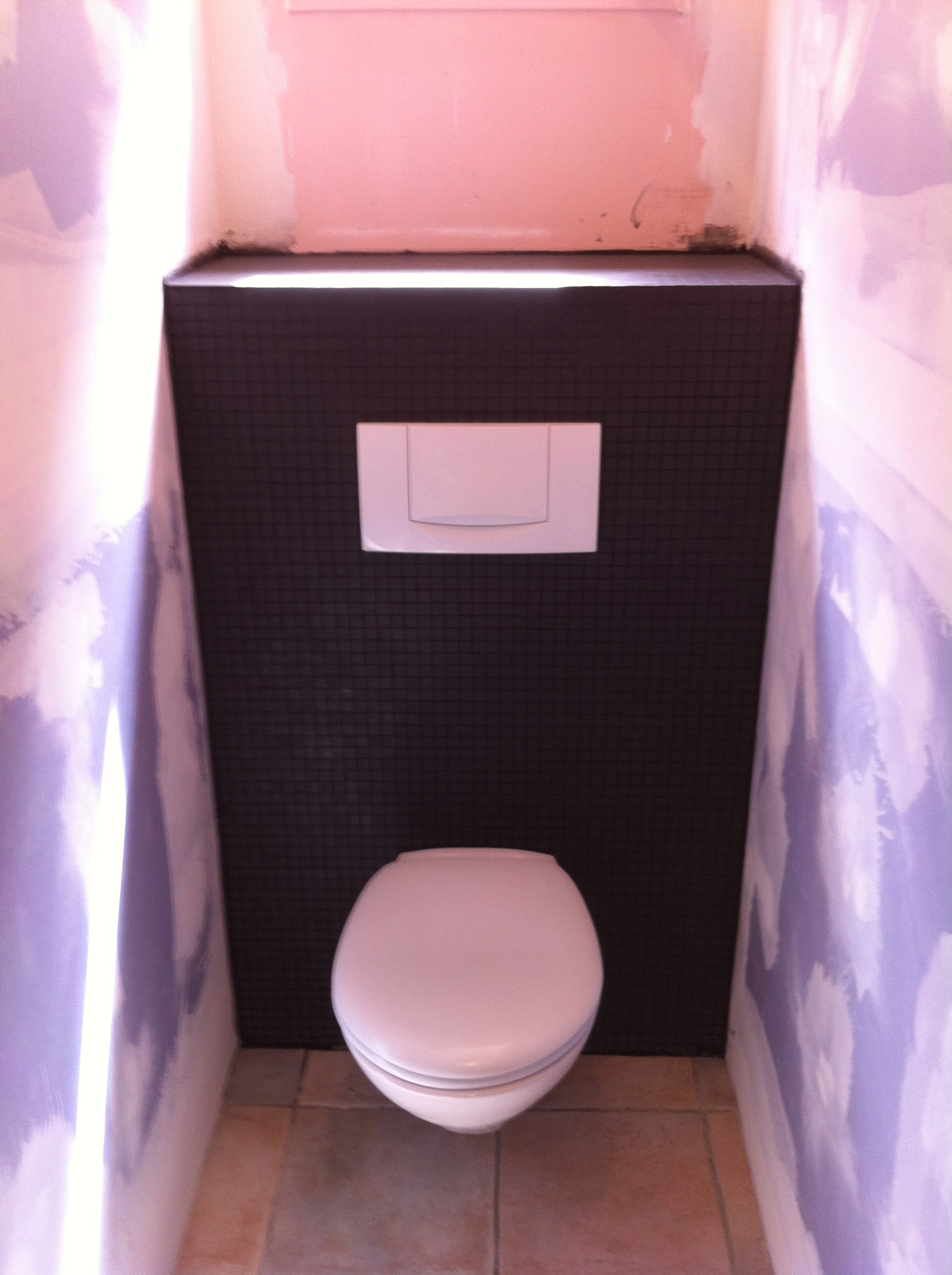 Installer wc suspendu dream house - Peut on poser du carrelage sur un autre carrelage ...